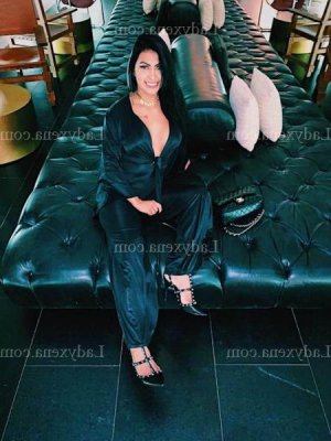 Ann-gaelle escort girl à Paris 13