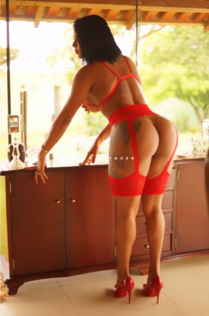 Zephirine massage escort à Beaumont