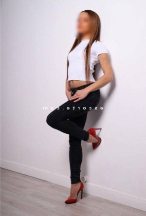 Kayliss massage tantrique tescort
