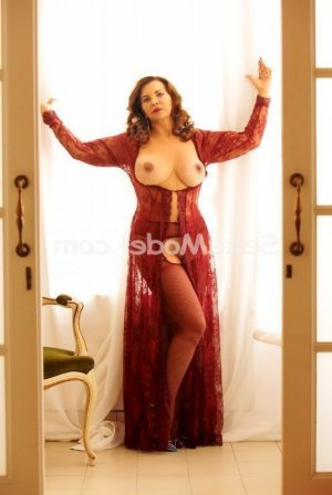 Eylia escorte lovesita massage tantrique